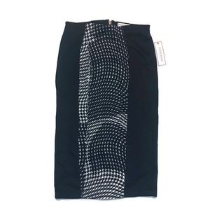Bisou Bisou Wavy Houndstooth Pencil Skirt